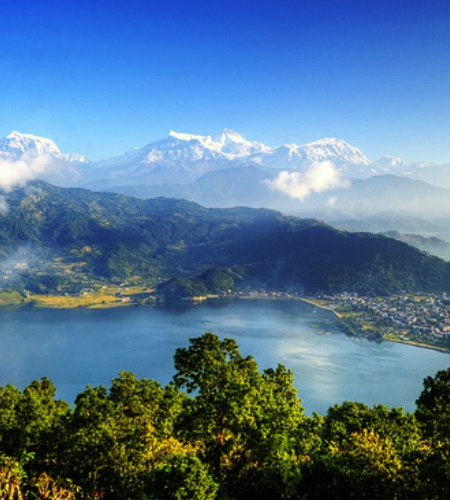 Cityguide Pokhara - Eat, sleep and party